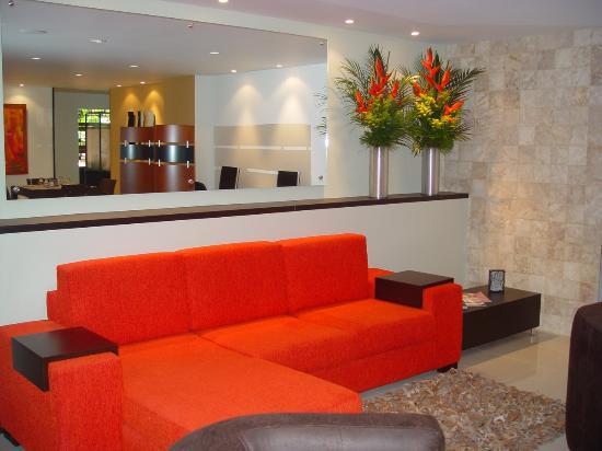 Leblon Suites Hotel: Sala y Bussines Center
