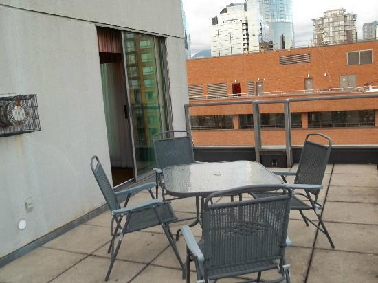 Landis Hotel & Suites: Roof Top Deck
