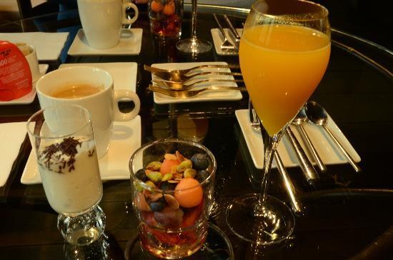 Nuit Blanche: Breakfast