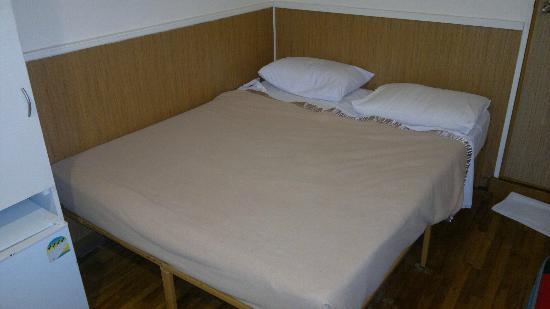 Arianna Hotel: Room