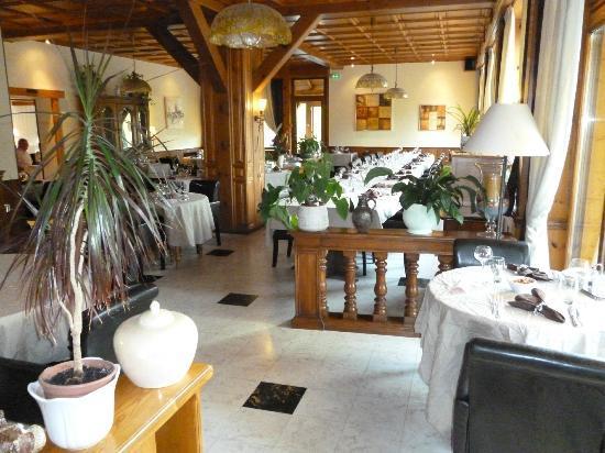 Hotel aux Deux Clefs : salle à manger
