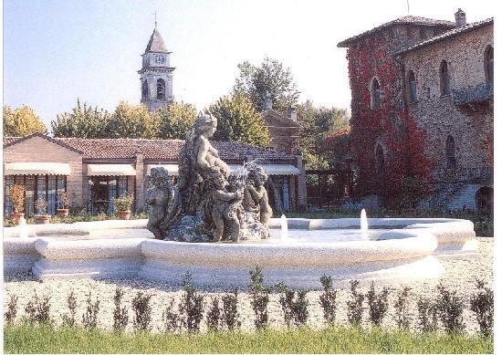 Cervesina, Italien: La Fontana