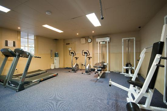 Country Club Villas: Hotel Gym Facilities