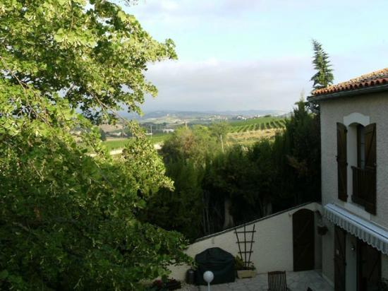 B & B in Limoux at Domaine St George: View from our window