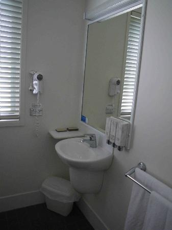 BIG4 Batemans Bay Beach Resort: The complimentary toiletries were a thoughtful addition.