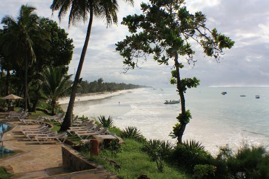 Baobab Beach Resort & Spa: View of Diani Beach from Maradadi side