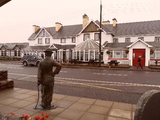 Waterville, Ireland: Front View