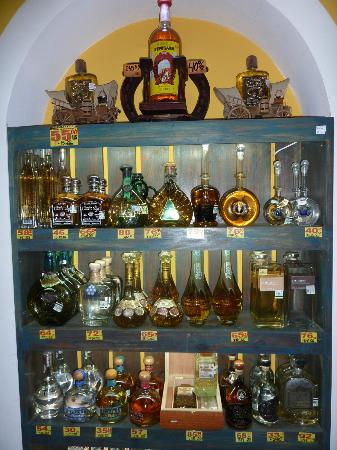 Kukulcan Plaza: A nice small Tequila museum.