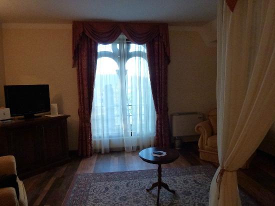 Hotel Torre Dei Calzolari Palace: camera da letto della suite
