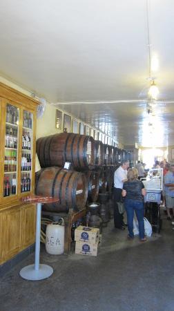 Antigua Casa de Guardia: bar area