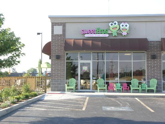 Sweet Frog Premium Frozen Yogurt: Sweet Frog store front of South Bend location