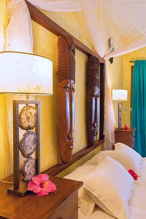 Nosy Be Hotel : TETE DE LIT SUITE JUNIOR