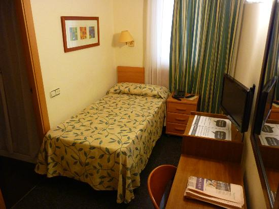 Sweet Hotel Continental: Single room
