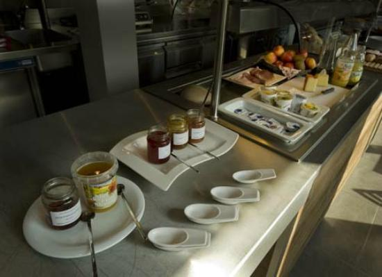Hotel Oasis : Buffet petit déjeuner