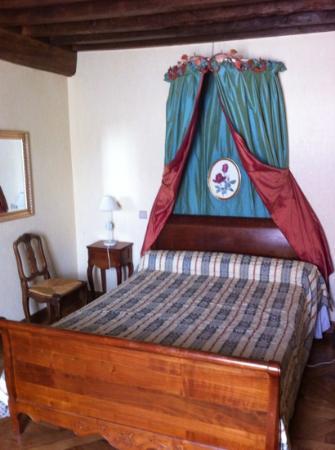 Beaune Hotel: la chambre confort