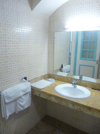 Residence Hotel Azour : Bathroom