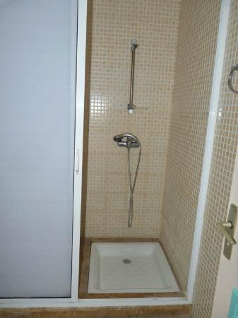 Residence Hotel Azour : Shower Room
