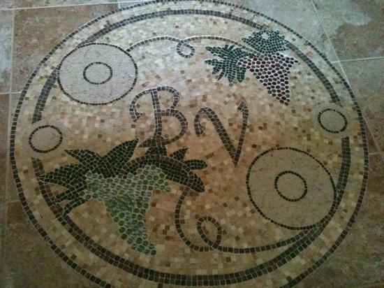 Sannino Vineyard B and B : custom designs in every corner of this home