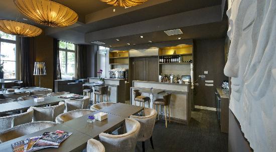 Grand Hotel Merici : Bar & Lounge 'Anno 1647'