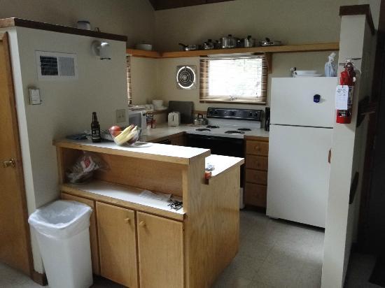 Shawnee River Village 2: Kitchen of River Village, Unit R-87