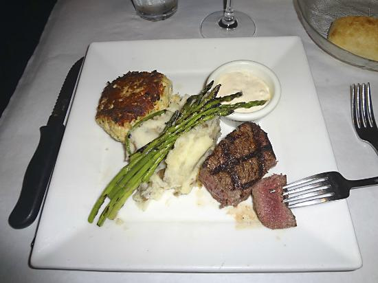 Flying Fish Cafe: Filet mignon with Carolina crab cake, garlic mashed potatoes, grilled asparagus and remoulade.