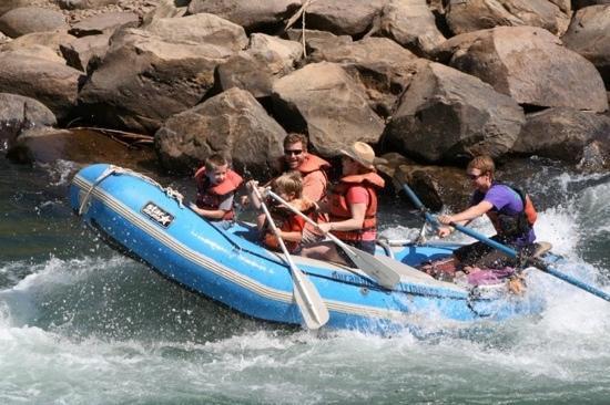 Durango Rivertrippers & Adventure Tours: Family Float Trip