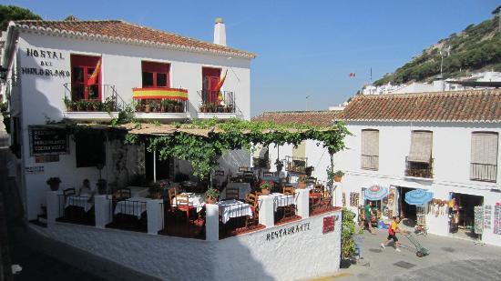 Restaurante El Mirlo Blanco : outside terrace