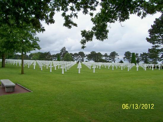 Saint-Laurent-sur-Mer, France : Omaha Beach Cemetery