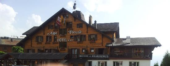 Alpe Fleurie Hotel & Residence: Hotel..