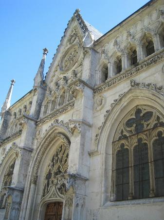 Saint-Pierre-de-Curtille, France : facciata