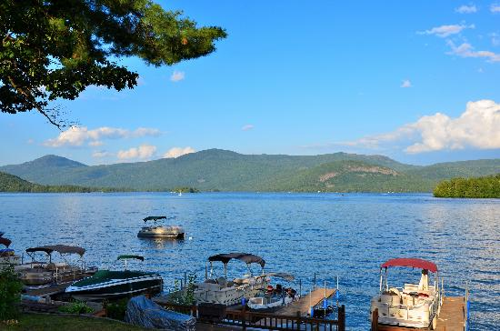 Contessa Lake George Motel & Resort: View from the Contessa docks.