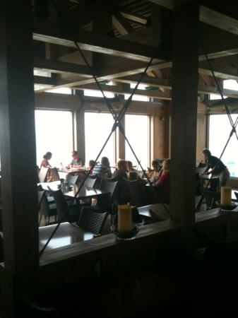 Pier House at Second Avenue Pier: dining room view