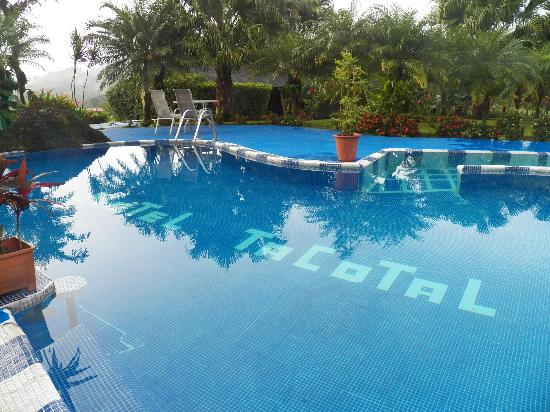 Hotel Lavas Tacotal: Pretty pool