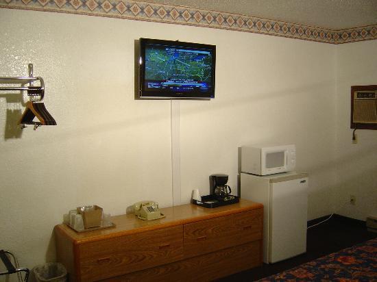 Wakota Inn & Suites: Room With 1 King Nonsmoking