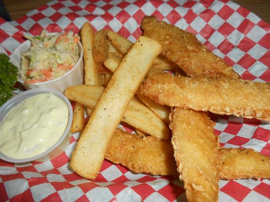 Boondocks Restaurant : fish and chips