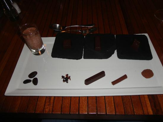 Boucan by Hotel Chocolat : Bean to Bar Chocolate Tasting Tray