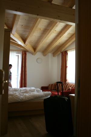 Gartenhotel  Daxer: Characterful rooms with wooden ceilings 