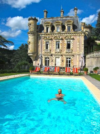 ‪شاتو كليمنت: Chateau Clement and pool‬