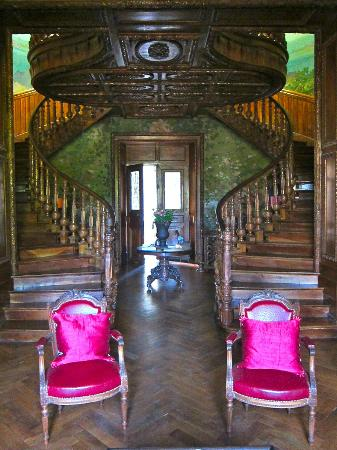 Chateau Clement : Chateau Entry