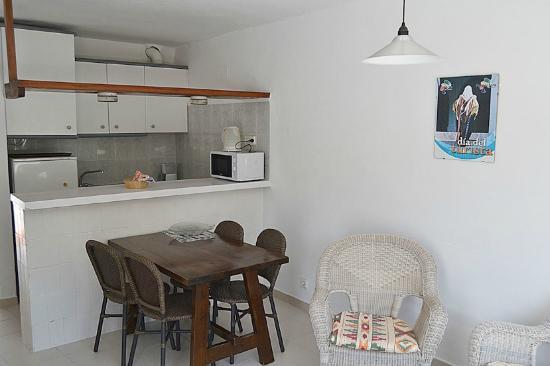 Apartamentos Siesta Mar: Salón/cocina