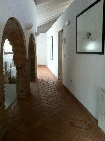 Casa La Menara: pasillo