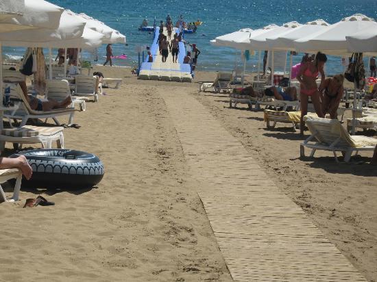 Barut Hemera: beach