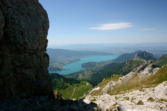 La Tournette: Lake Annecy below