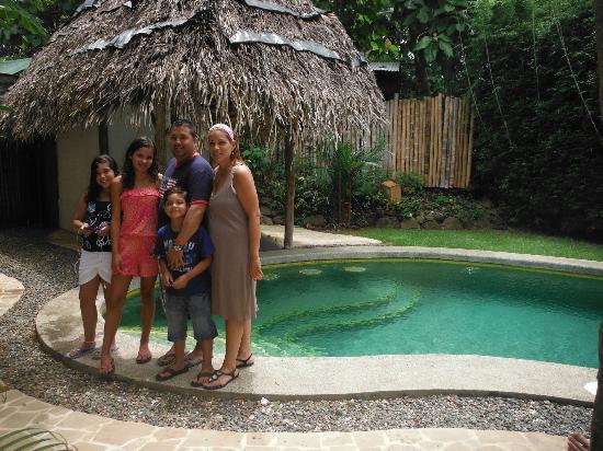 Hotel Luz de Luna: En la pisina 1