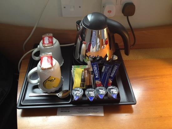 Days Hotel London- Waterloo: The kettle with coffee, replenished each day.