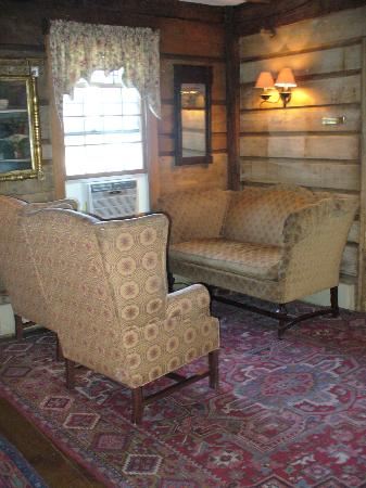 Publick House Historic Inn: Furnishings throughout were enjoyable