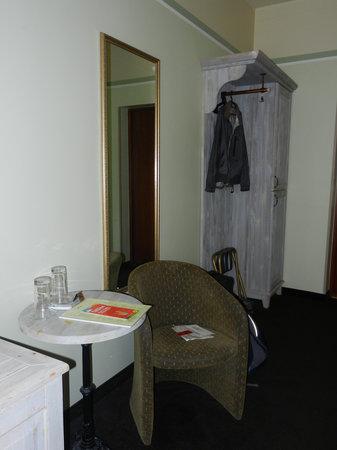 Hostel Domus Academica: Bedroom
