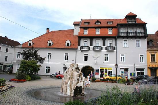 Photo of Hotel Garni Schwarzer Adler Bruck an der Mur