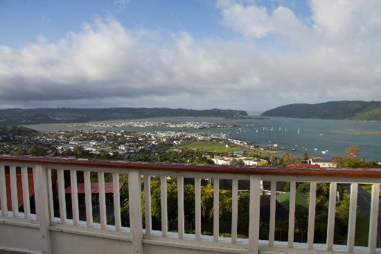 Blue Oyster B&B: View from Santorini Room of Knysna Heads