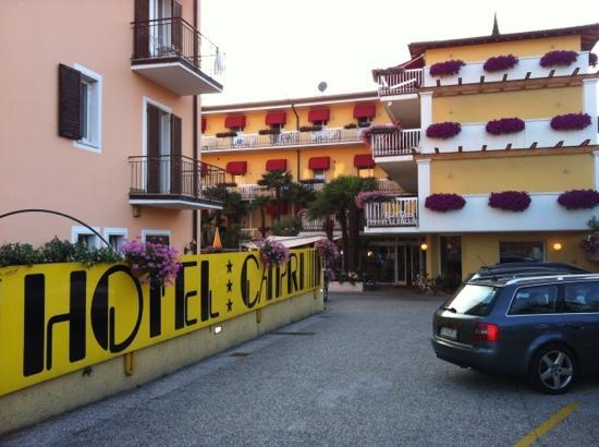 Hotel Capri: Ingang